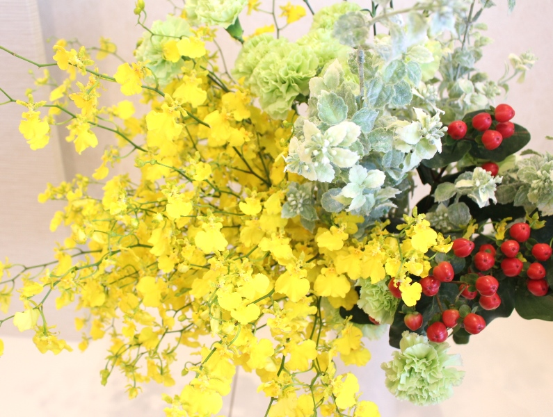 木下内科クリニックの生け花(卯月の弐):「風光る」4
